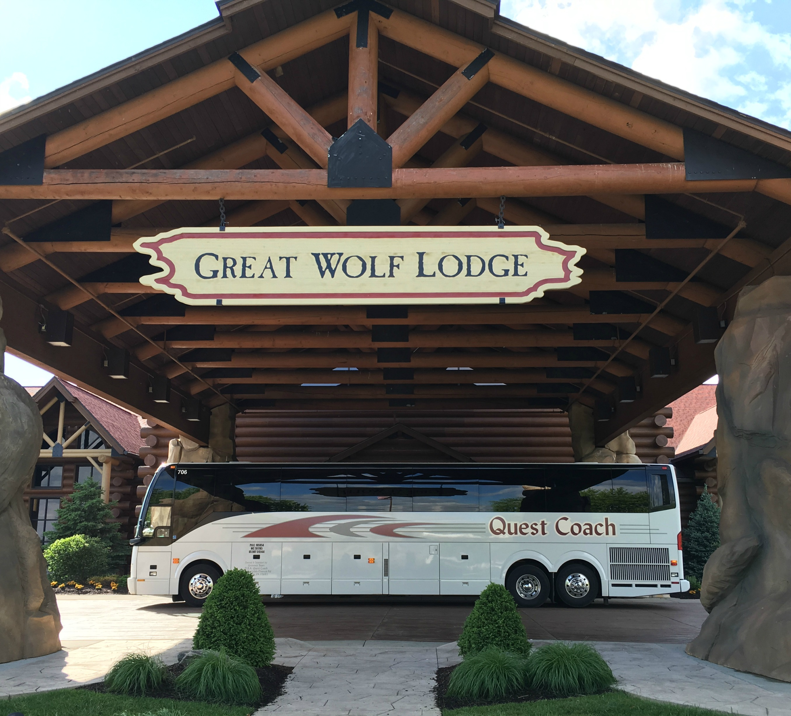 Official site for Wolf Mountain Lodge cabin in Gatlinburg. Book online and get over $ in Trip Cash attraction tickets FREE.